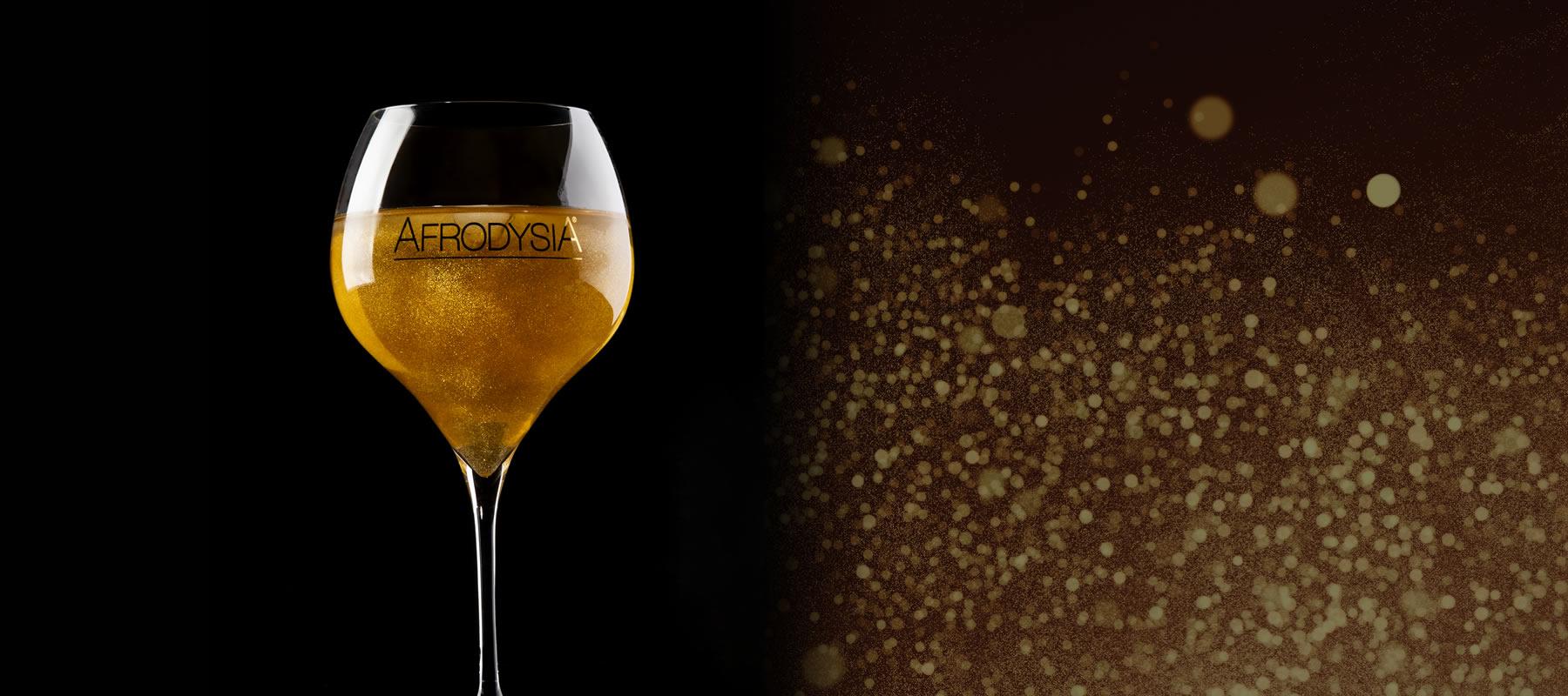<strong>Gold Sparkle Fashion Drink</strong>  La sua composizione innovativa combinata con un gusto classico la rende la bevanda energetica più esclusiva e affascinante al mondo.