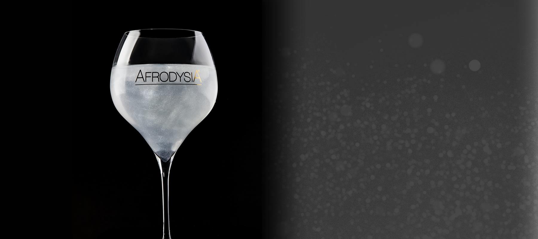 <strong>Italian Silver Tonic Water</strong>  La sua composizione unica abbinata a scintille argentate ne fanno l